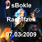 "Bild ""acdc live angus young"""